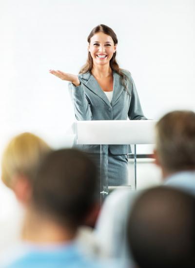 Rede schreiben lassen vom erfahrenen Redenschreiber.
